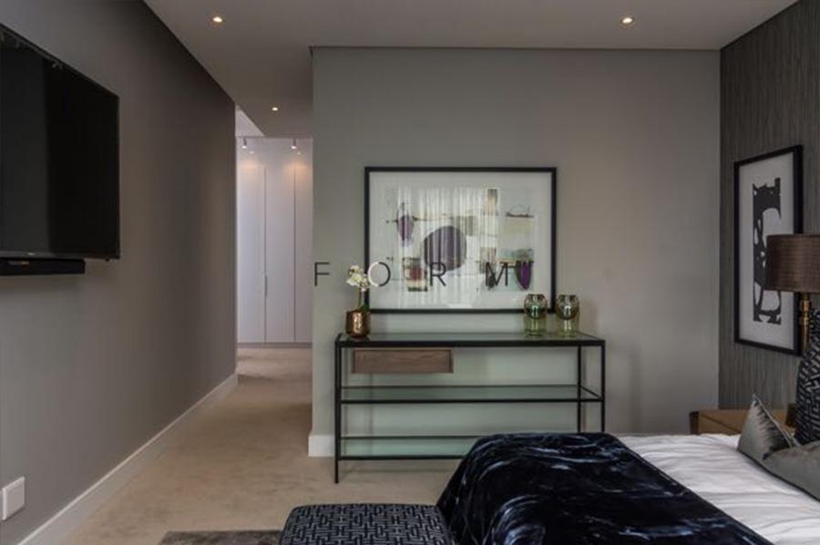 Tashi Krost Interiors Gallery - Hyde Park Penthouse